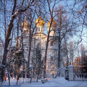 Церковь в Узком